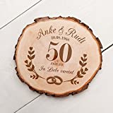 Casa Vivente Baumscheibe mit Gravur – Zur Goldenen Hochzeit – Personalisiert mit Namen und Datum – Aus Echtholz – Türschild und Wand-Deko – Geschenkidee für Paare zum 50. Hochzeitstag - 3