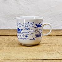 Kaffeebecher - 100% Handmade von Ahoi Marie - Motiv Papierschiffchen - Maritime Porzellan-Tasse original aus dem Norden