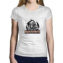 OKAPY Camiseta Iron Maiden. Una Camiseta de Hombre con un Esqueleto Guerrero de Iron Maiden. Camiseta Friki de Color Blanca ubYRkpggr
