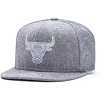 7dd1285275d Mitchell   Ness Chicago Bulls Italian Washed Snapback Casquette - Taille  unique - grey