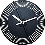 NeXtime 3126.0Motion Clock Roman Number Wanduhr Metall schwarz 30,7x 30,7x 7,4cm