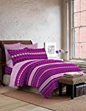 Bombay Dyeing Foliage 130 TC Polycotton Double Bedsheet with 2 Pillow Covers - Purple