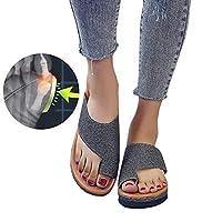 Talon compensé à fond plat, supporte la marche toute la journée, conception ergonomique et biomécanique, soutient vos pieds, permet de marcher longtemps sans être fatigué.   Utilisez votre lit rembourré pour prendre soin de vos pieds et assurez-vous...