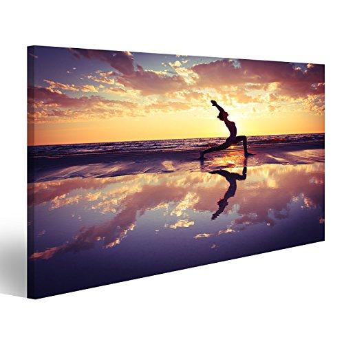 islandburner Bild auf Leinwand Silhouette der Frau üben Yoga am Strand bei Sonnenuntergang Wandbild, Poster, Leinwandbild GCM