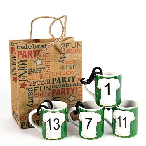 Geschenkset 4 Mini Krug mit Spruch - Schnapsglas mit Henkel Verschiedene Sortierungen (Fussball) (Fußball-krug)