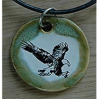 Echtes Kunsthandwerk: Schöner Keramik Anhänger mit einem Weißkopfseeadler; Greif, Greifvogel, Raubvogel, Bindenseeadler, Weißköpfiger Seeadler