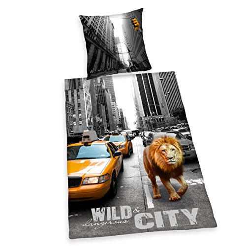 Herding 4459201050412 Bettwäsche New York Lion, Kopfkissenbezug, 80 x 80 cm und Bettbezug, 135 x 200 cm, renforce (New Bettwäsche York)