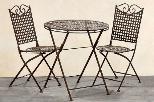 Garten Set Landhaus, ein Tisch und zwei Stühle aus Metall