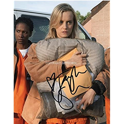 LIMITED EDITION TAYLOR SCHILLING ARANCIONE IS THE NEW BLACK SIGNED AUTOGRAPH PHOTO PORTAFOTO CON FIRMA FIRMATA SIGNIERT