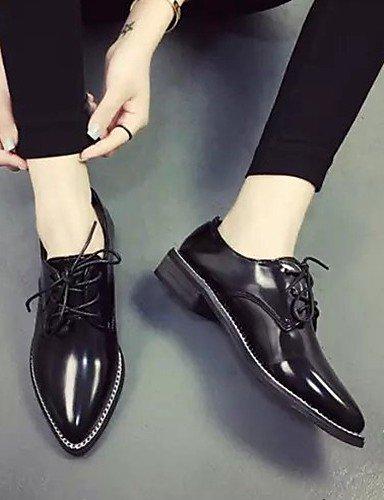 ZQ hug Scarpe Donna-Sneakers alla moda-Tempo libero / Casual-Comoda / A punta-Piatto-Finta pelle-Nero / Rosso / Argento , silver-us8 / eu39 / uk6 / cn39 , silver-us8 / eu39 / uk6 / cn39 silver-us5.5 / eu36 / uk3.5 / cn35
