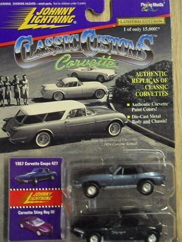 Johnny Lightning Classic Customs Corvette 1967 Corvette Coupe 427 Corvette Sting Ray Series #2 by Johnny Lightning