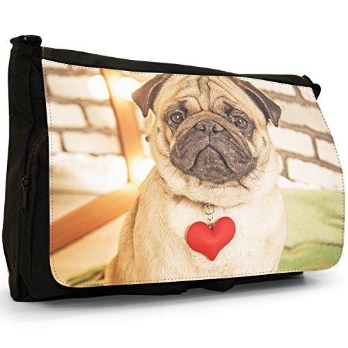 Carlino Pugs Love Little Cani Grande borsa a tracolla Messenger Tela Nera, scuola/Borsa Per Laptop Pug Wearing Red Love Heart
