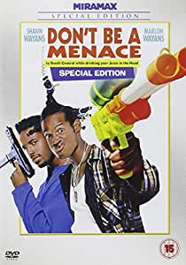 Don't Be A Menace To South Central While Drinking Your Juice In The Hood [UK Import]