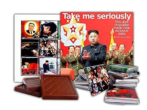 DA SCHOKOLADE Nette Süßigkeit TAKE ME SERIOUSLY Schokoladen Geschenk Set Präsident von Nordkorea Kim Jong-un Design 13x13cm 1 Karton (Clap)