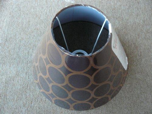 runder Schirm für mittelgroße Tischlampe mit Fassung E27, mittelbraun mit Ringkreisen in hell- bis dunkelbraun (Gemusterte Stoffschirm)