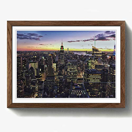 Manhattan-walnuss (BIG Box Art New York Manhattan Skyline Print mit schwarzem Rahmen, Mehrfarbig, A2, 24,5x 18_ P, Holz, walnuss, 24.5 x 18-Inch)