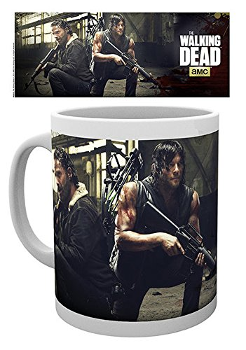 walking-dead-the-hunt-tasse-en-ceramique-taille-walking-dead