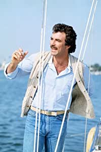 MAGNUM, P.I. TOM SELLECK 24X36 PHOTO POSTER PRINT