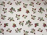 Provencestoffe.com Wunderschöner Dekostoff mit Erdbeeren