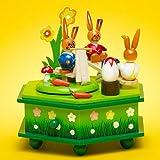 SIKORA OD03 Osterdeko Holz Musik Spieldose mit Osterhasen Figuren, Farbe / Modell:A1 grün - Osterhasenspielplatz