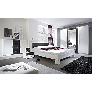 Schlafzimmer-Set VERA Schwebetürenschrank Kommode Nachttisch Bett (Bett 180  x 200 cm, weiß matt + nußbaum schwarz)