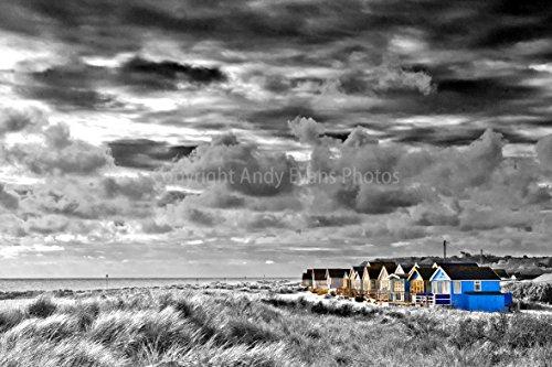 Eine 45,7 x 30,5 cm Fotografieren Fotodruck Strand Hütten bei hengistbury Head Christchurch Bournemouth England Dorset UK Landschaft Foto b/w Bild Art Print