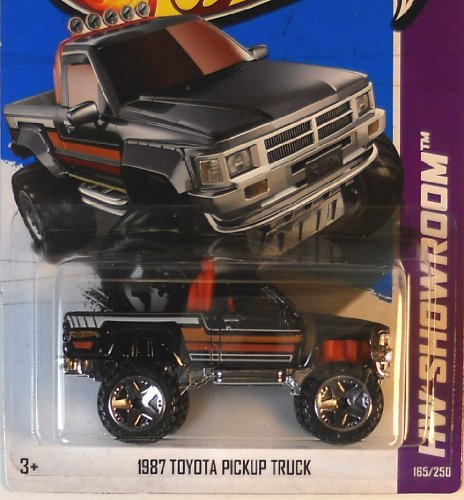 2013 Hot Wheels Hw Showroom 1987 Toyota Pickup Truck 165/250 (Toyota Pickup Truck)