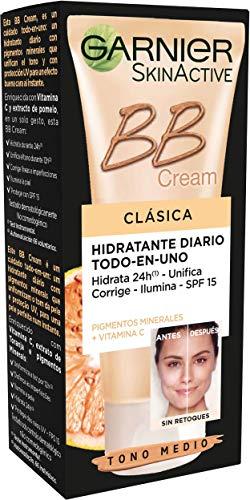 Garnier Skin Active - BB Cream Clásica, Crema Hidratante Todo-en-1 para Pieles Normales SPF15 con Vitamina C, Tono Medio - 50 ml