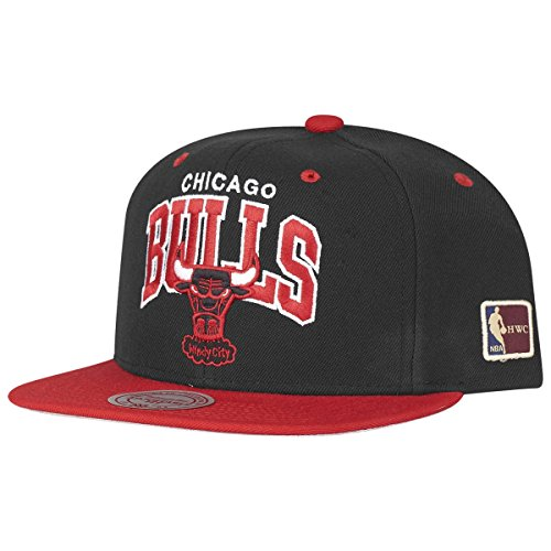 Mitchell & Ness Snapback Chicago Bulls Team Arch HWC black/red
