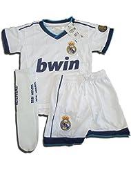Equipación Completa Infantil Oficial del Real Madrid (Talla 6)