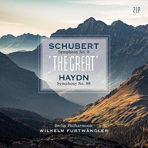 WILHELM FURTWÄNGLER BERLINER PHILHARMONIKER Furtwängler verbindet zwei wirlich berühmte Studioeinspielungen. Der Schubert bewahrt sein eigenes einzigartiges Charisma, mit überraschend dynamischen Sound, großartigem Spiel und meisterlichen musikalischen Überleitungen. Die Berliner Philharmoniker sind jeder Herausforderung gewachsen und dies auf eine wirklich überwältigenden Reise: gewaltig und weitläufig, mit gesanglicher Phrasierung und Respekt für die Herkunft des Werkes. In Ergänzung bietet diese besondere Aufnhame von Haydns Symphony No. 88 einen regulären 'Test' für generelle Vergleiche zwischen Furtwängler und Toscanini. Gerade das Largo ist ein beliebter Referenzpunkt, mit Toscaninis ausgedehntem und düsterem Beethoven-Ansatz und Furtwänglers beweglicher, bescheidener, fast frommer Alternative. In der Tat, die Performance des Letzteren hat seine eigenen Spannungsmomente (speziell im anfänglichen Adagio), aber im Grundsatz bleibt es eine geniale und relativ unmannierte Lesart. 180 GRAMM VINYL [Vinyl LP]