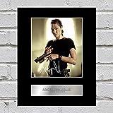 Angelina Jolie Photo dédicacée encadrée Tomb Raider