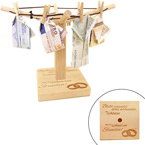Preisvergleich Produktbild Wäsche-Spinne aus Holz mit liebevoller Gravur – Bleibt einander stets verbunden… - [Motiv Ringe] - kreative und originelle Geld-Geschenke oder Foto-Geschenke Verpackung zur Hochzeit - 20cm x 15cm