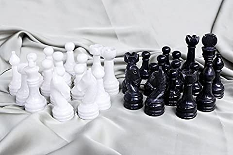 RADICALn Black and White Marble Big Chess Figures - Total