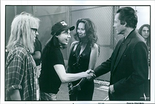 vintage-foto-di-una-foto-di-dana-carvey-come-garth-algar-mike-myers-come-wayne-campbell-tia-carrere-
