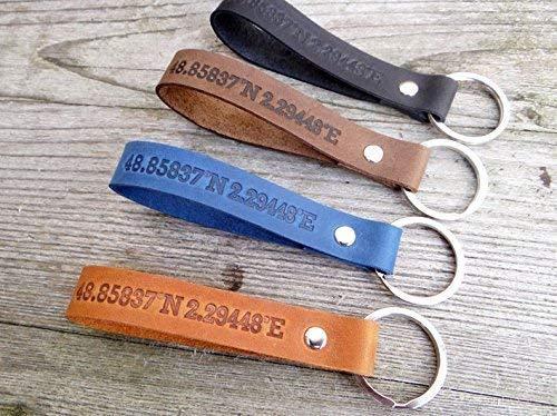 personalisiertes Geschenk, Schlüsselanhänger aus Leder mit Wunschtext von Schlüsselundwort das ideale Valentinstag Geschenk, Lehrerabschiedsgeschenk, Gruppengeschenk, Familie