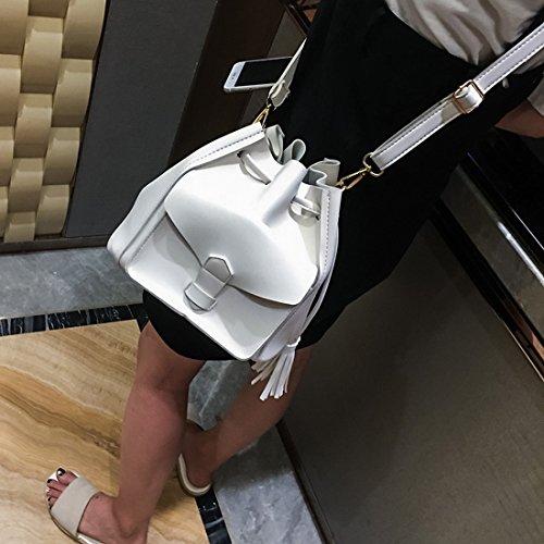 Weibliche Quaste mit Einem Eimer Tasche Mode Schulter Messenger Bag Weiß