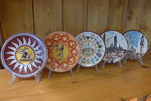 Piattino diam.10 decorato con le contrade del Palio di Siena. Plate Diam. 10 cm Decorated with the Districts of the Palio di