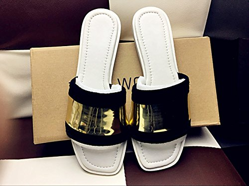 Flacher Europäische Schuh Sandalen Feld Die Frau Slipper Boden Kühler Silber Zyushiz Metall Auf Chip Frauenlobby Hausschuhe HwTpAvnq