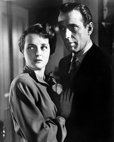 Moviestore Humphrey Bogart als Sam Spade unt Mary Astor als Brigid O'Shaughnessy in The Maltese Falcon 25x20cm Schwarzweiß-Foto (Sam Spade Filme)