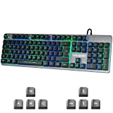 Vehemo Tastiera Gaming(Layout Italiano), Tastiera da Gioco LED retroilluminata 7 Colori Breathing LED Light con Tasti multimediali, Tastiera Interamente in Metallo Panel 105 per PC
