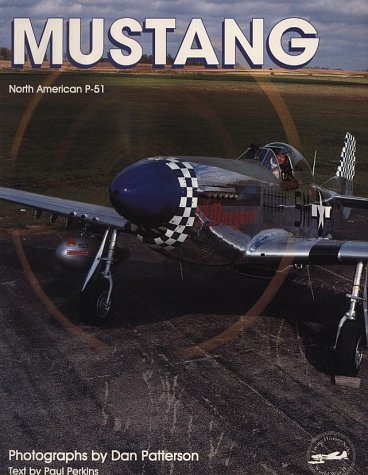 Mustang North American P-51 par Paul Perkins