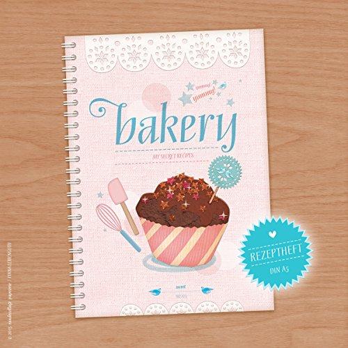 Preisvergleich Produktbild YUMMY BAKERY Süßes rosa Rezeptbuch A5 zum Selberschreiben für deine Backrezepte!