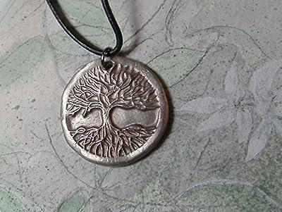 Pendentif unisexe, bijou celtique/viking/wicca/breton, Yggdrasil bronze couleur argent, l'arbre de vie celte, cuir noir. bronze couleur or ou cuivre possible, pour homme et femme