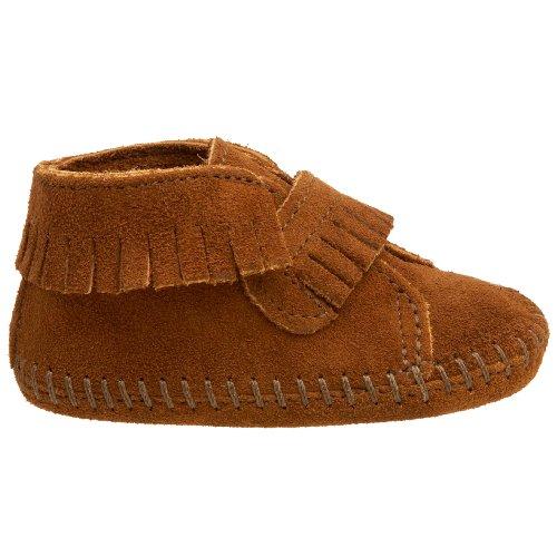 Minnetonka - Velcro Front Strap Bootie, Scarpe da unisex adulto Marrone (Brown)