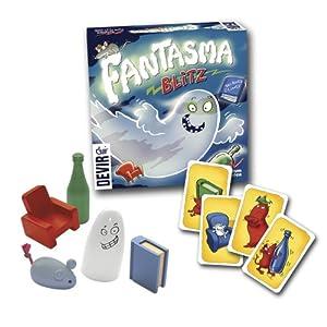 Fantasma Blitz es un juego de agilidad, reflejos y memoria. Uno de los jugadores gira la carta superior de la baraja par que la vean todos. Entonces deben intentar coger el objeto que sea idéntico, en color y forma a la carta mostrada. Si no hay obje...