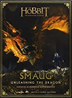 Smaug - Unleashing the Dragon (The Hobbit: The Desolation of Smaug) by Daniel Falconer (2014-04-03) de Daniel Falconer;Weta