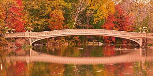 Artland Poster oder Leinwand-Bild gespannt auf Keilrahmen mit Motiv EastVillage Images Panorama von Herbstfarben an der Bow Bridge im Central Park. New York City Landschaften Wald Fotografie Bunt - Bridge-foto-bearbeiten