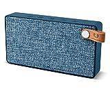 Fresh 'n Rebel Speaker Rockbox Slice Fabriq Edition, Altoparlante Wireless tascabile 6W, Extra Bass, Bluetooth, portatile, senza fili, in tessuto, vivavoce, Compatibilità Smartphone/Tablet/laptop e MP3 blue jeans indigo