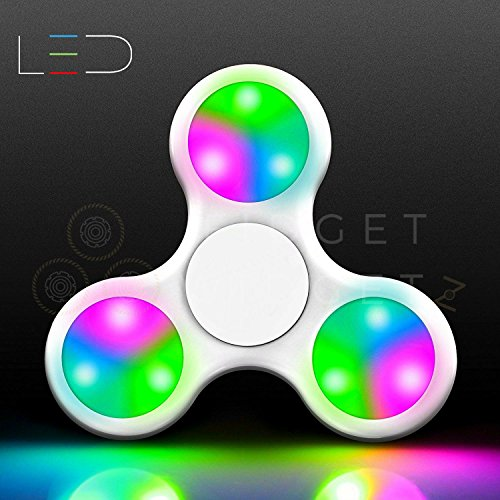 Preisvergleich Produktbild Fidget Spinner Toys By Fidget Widgetz EDC Premium EDC Finger Spinner Stainless Steel Bearings Beginner Click-On LED White Classic Trio Hand Spinner For Kids adults Bright 3 Setting LED Lights Desk Toy